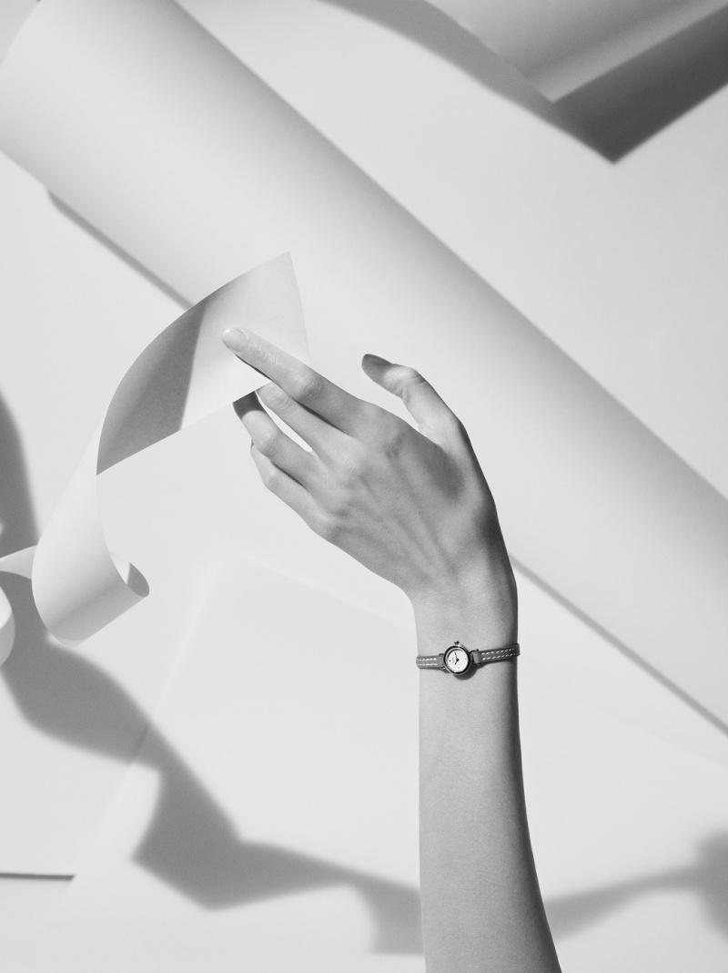 correspondant en couleur plus tard vendu dans le monde entier Hermes : La montre Faubourg - Passion Horlogère
