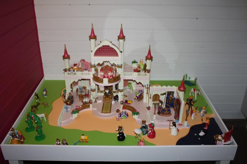 forums autres construire une table de jeux playmobil pour enfants mini cr ateurs. Black Bedroom Furniture Sets. Home Design Ideas
