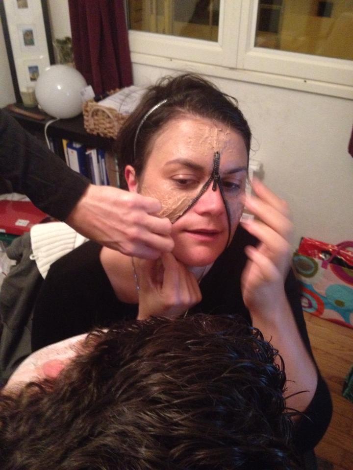 Halloween maquillage visage fermeture clair - Maquillage halloween moitie visage ...