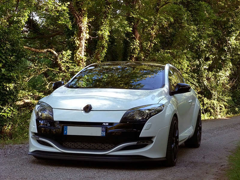26 m gane 3 rs luxe cup page 2 clio rs concept - Megane 3 coupe gris cassiopee ...