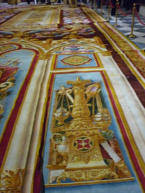 Notre dame de paris exposition tapis du choeur - Tapis saint maclou paris ...