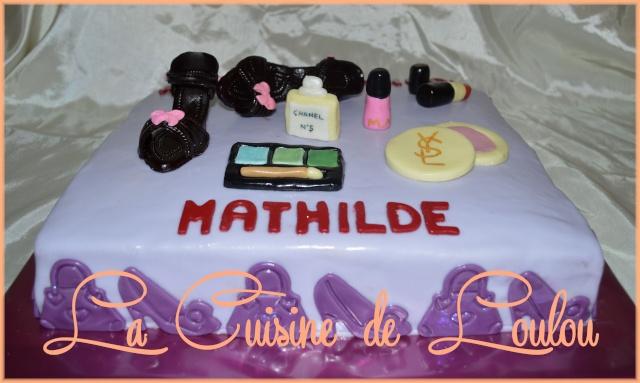 Gâteau fait pour les 18 ans d\u0027une jeune fille qui voulait un anniversaire  mémorable