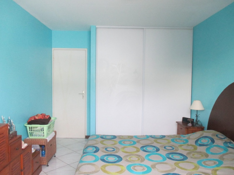 Kty974 chambre parentale rafraichir - Chambre blanche et bleu ...