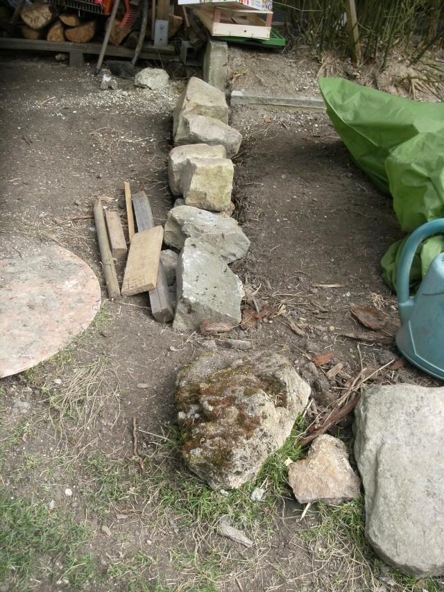 muret de jardin quelles fondations. Black Bedroom Furniture Sets. Home Design Ideas