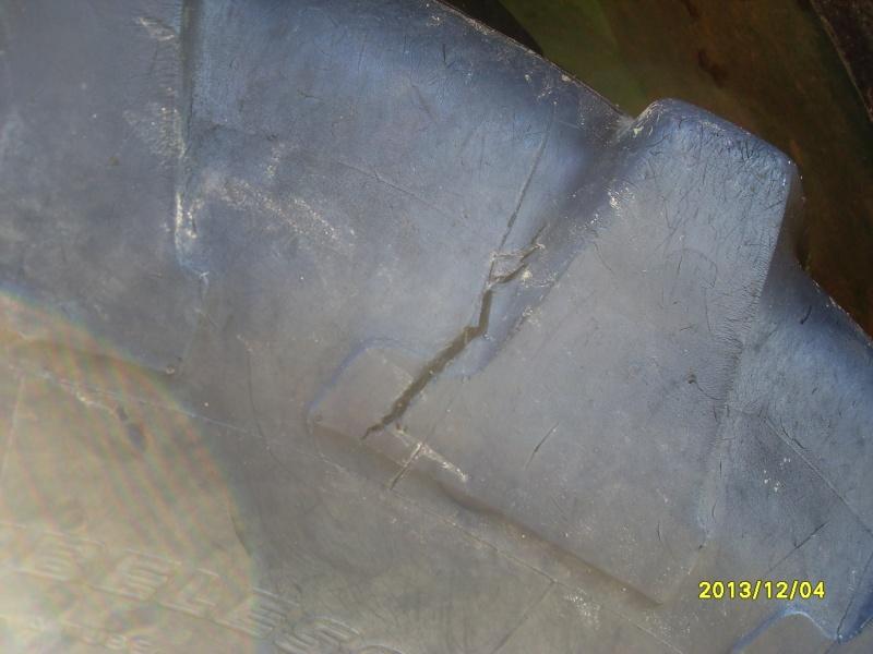 pneu arri re entaill reparable ou pas. Black Bedroom Furniture Sets. Home Design Ideas