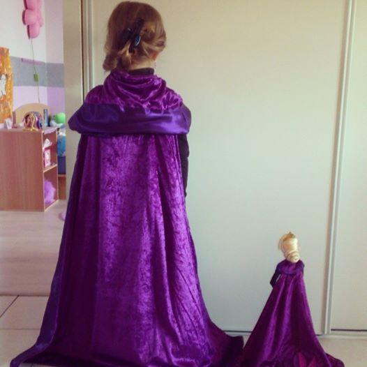 costumes robes de princesses et tenues de princes page 38. Black Bedroom Furniture Sets. Home Design Ideas