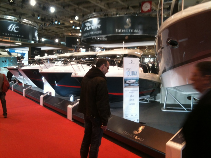 Le salon du bateau paris le nautic 2013 for Salon bateau paris