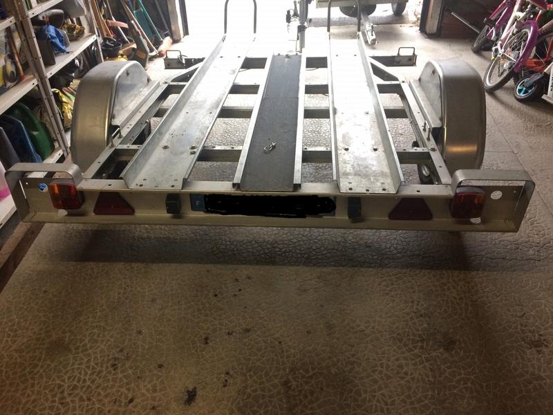 remorque moto 2 rails rampe. Black Bedroom Furniture Sets. Home Design Ideas