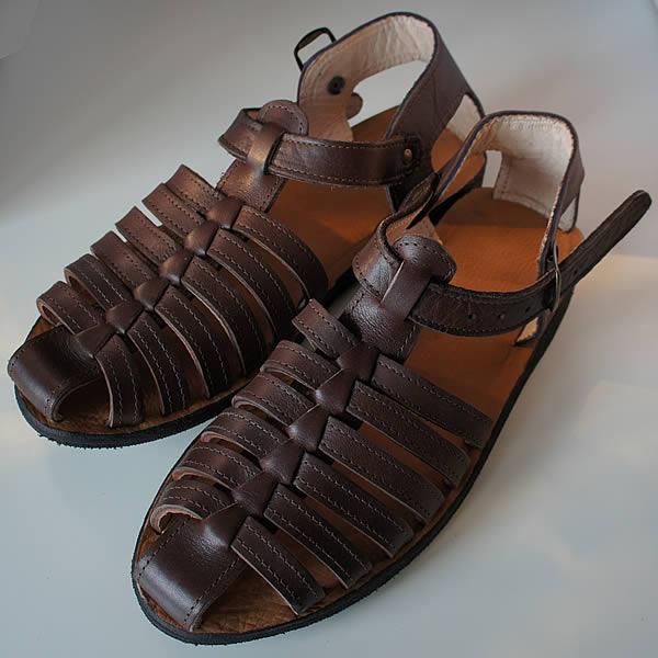 sandales en cuir. Black Bedroom Furniture Sets. Home Design Ideas