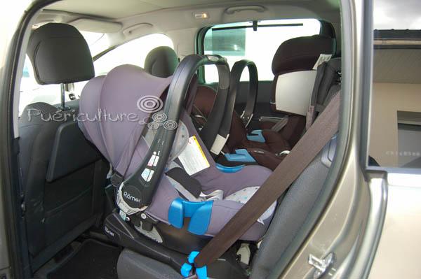 casse t te 3 bons si ges auto dans une voiture. Black Bedroom Furniture Sets. Home Design Ideas