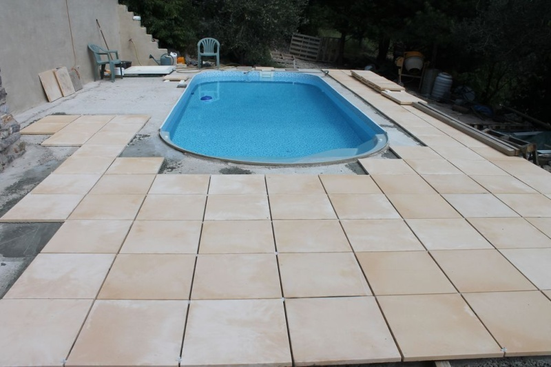 D co carrelage autour de la piscine fort de france 22 carrelage cuisine - Dalle piscine discount ...