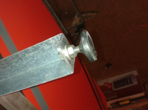 corniere acier leroy merlin simple carreler sur un puisard comment faire une trappe communaut. Black Bedroom Furniture Sets. Home Design Ideas
