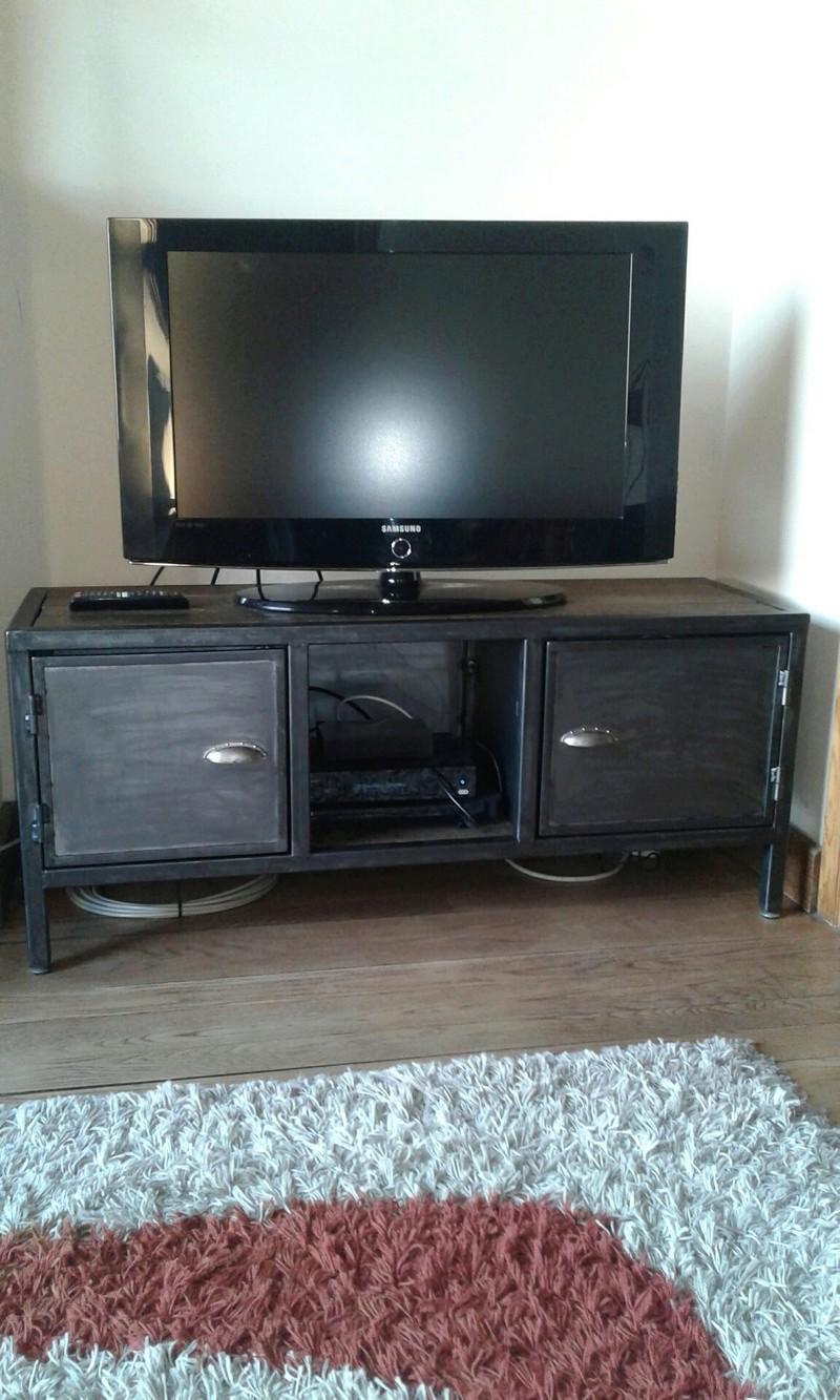 Meuble tv deco loft industriel metal bois for Meuble tv deco