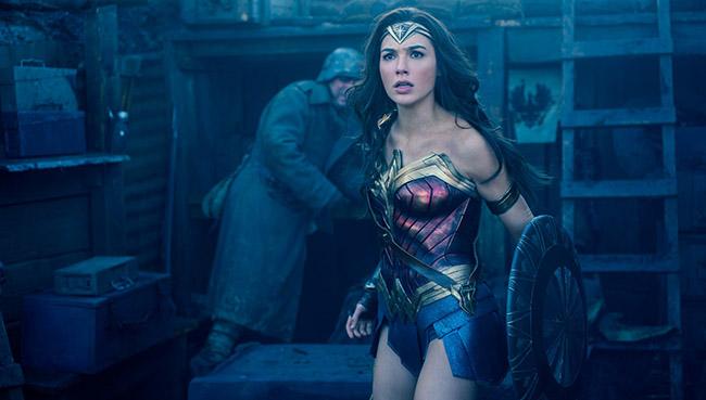 Ne Superman et Wonder femme jamais brancher