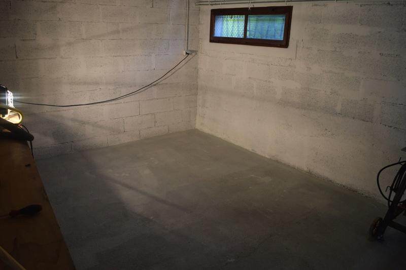 am nagement de mon sous sol en atelier page 2. Black Bedroom Furniture Sets. Home Design Ideas